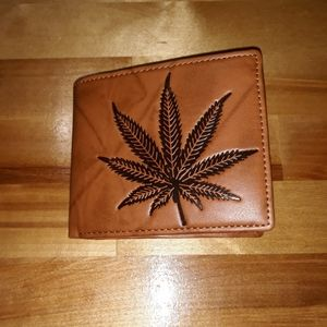 🆕️Kush Leaf Wallet
